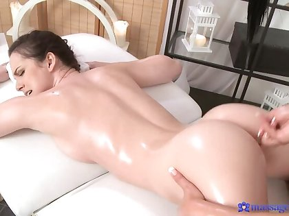 Uncultivated Rub down with an increment of Wet Pussy