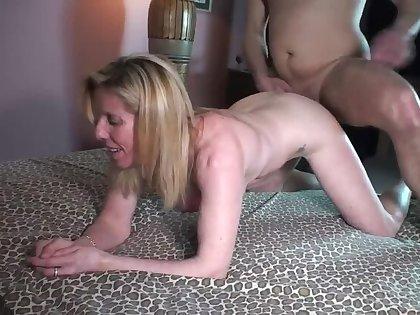 Grown up Blonde Fucks eygpt7979, a Pornhub Lap boost