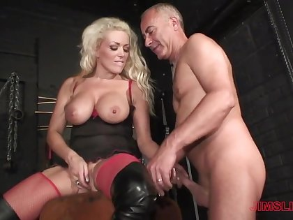 Blonde milf loves the older man's dick in her ass