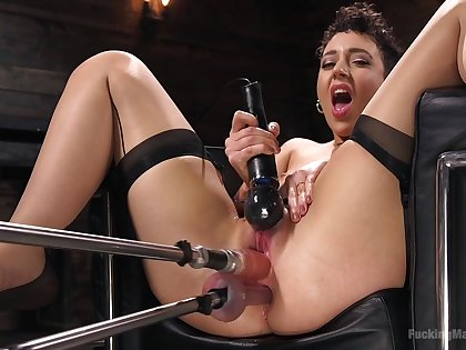Glorious fucking machine solo by Lilith Luxe