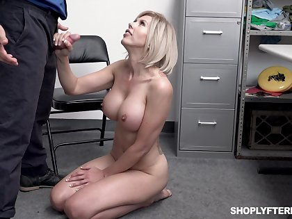 Big breasted blonde bungle Amber Chase gives dirty flatfoot a ride