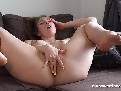 Nude girl works their way fresh pussy in a charming solo XXX