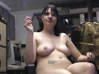 Gorgeous girl Teona Styles loves smoking while fingering ourselves