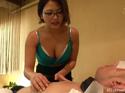 Lucky customer gets his learn of pleasured by disconsolate Asian Imai Kaho